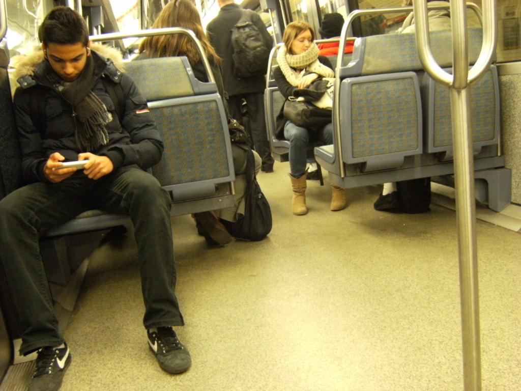 フランスの地下鉄の社内