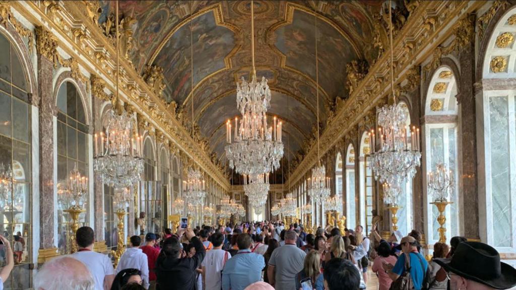 ベルサイユ宮殿 鏡の間