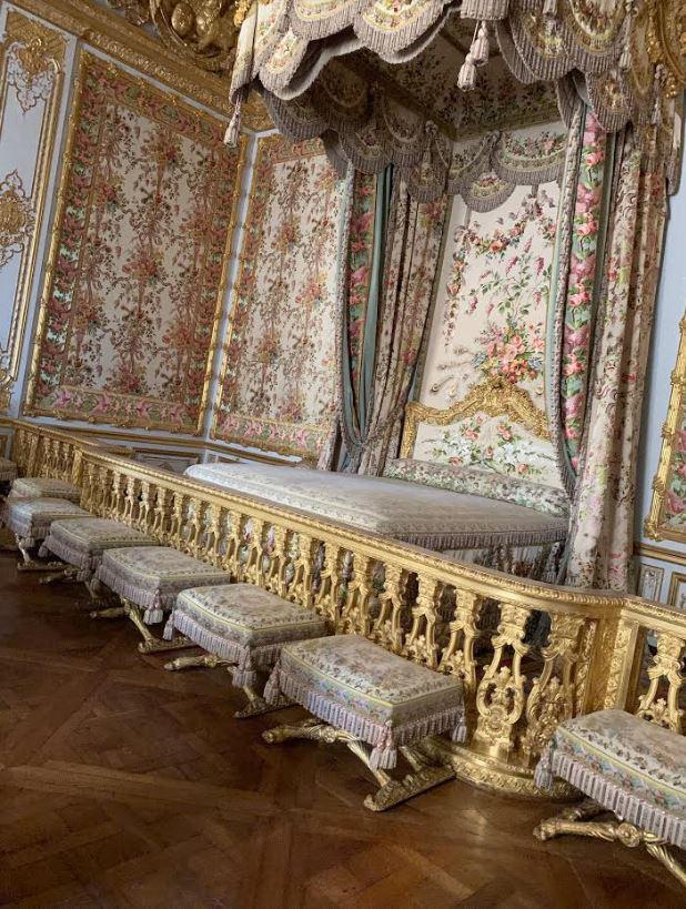 ベルサイユ宮殿の寝室