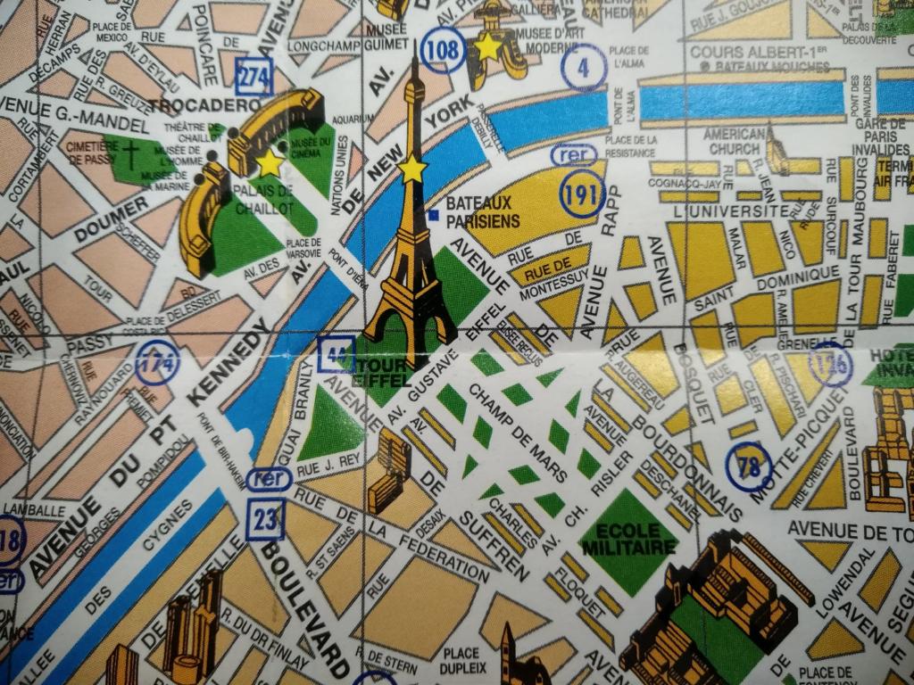 エッフェル塔周辺の地図