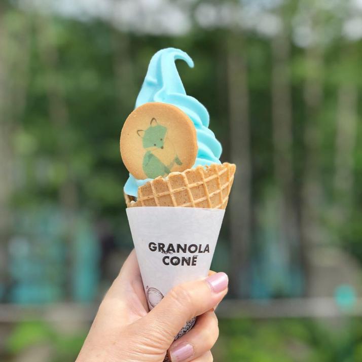 青い池 ソフトクリーム