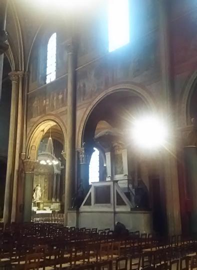 サンジェルマンデプレ教会内部