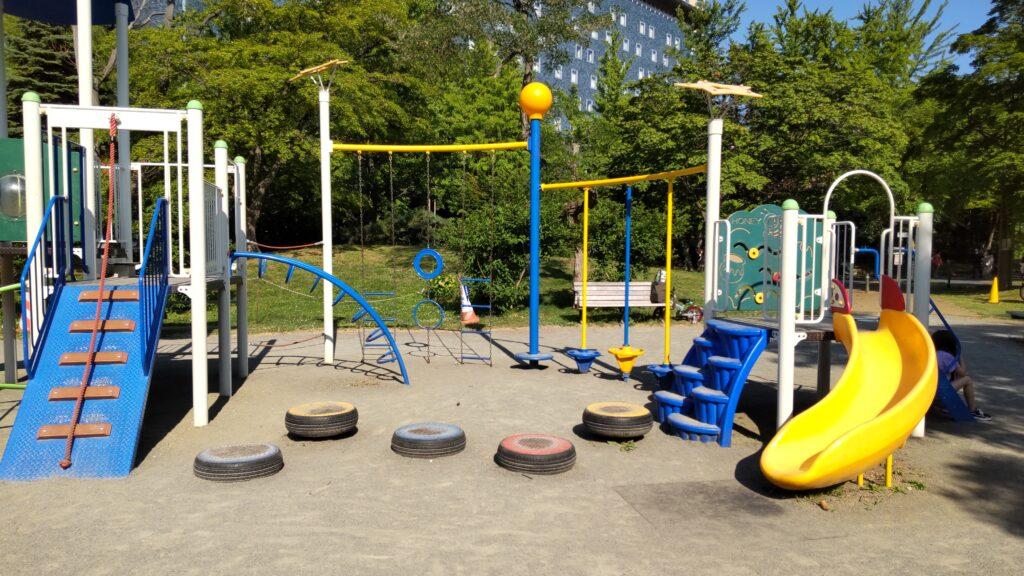 中島公園の滑り台