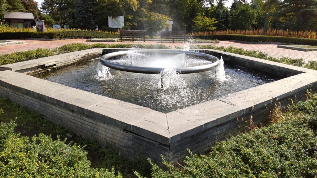 百合が原公園の噴水
