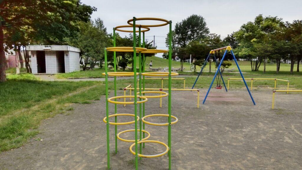 前田公園の遊具