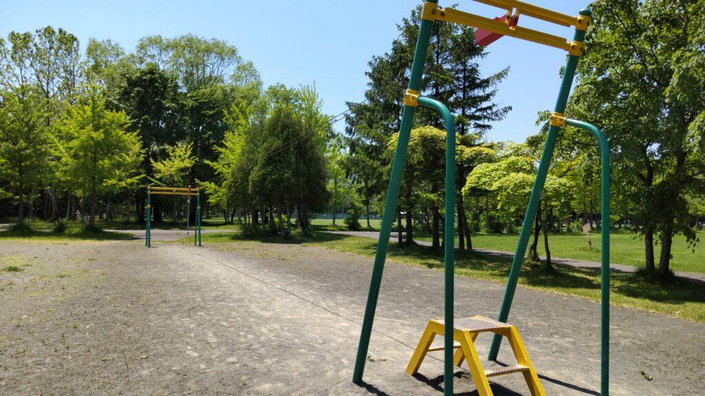 手稲稲積公園のターザンロープ