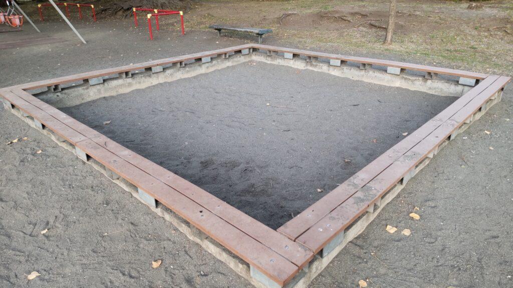 発寒河畔公園の砂場
