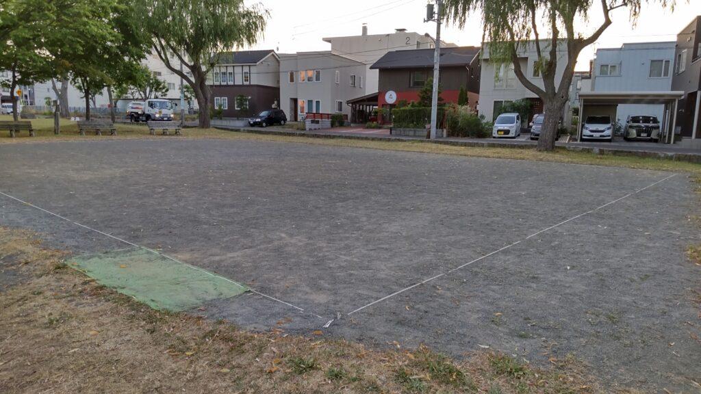 発寒河畔公園の砂の広場