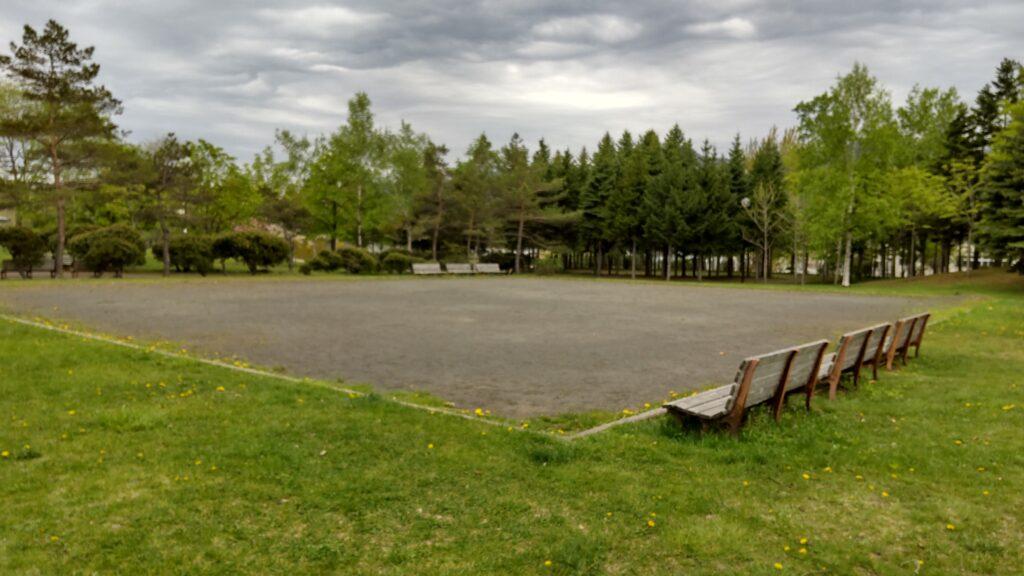 星置公園の自由広場(砂の広場)