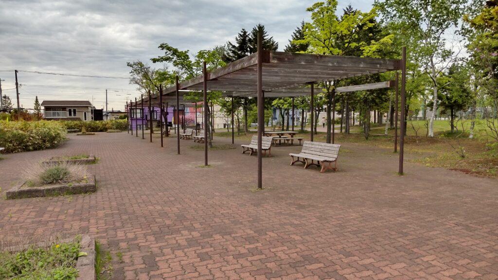 星置公園の入口広場