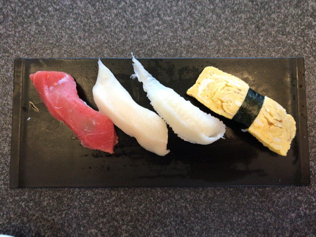 すしざんまい すすきの店の寿司001
