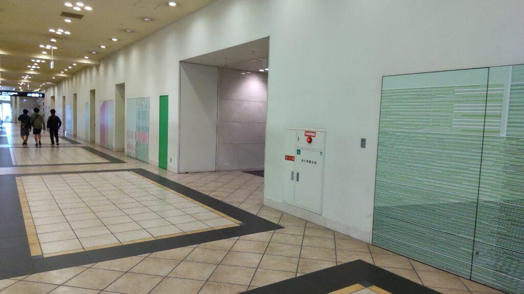 JRタワーホテル日航札幌の建物内から札幌駅前バスターミナルへ行く通路